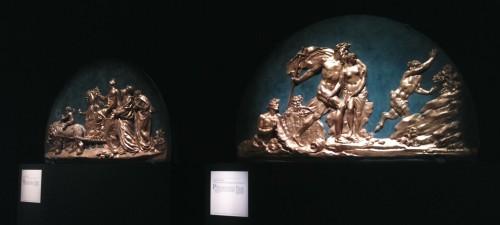 Ill. 3. Augustin Pajou, 1767, plâtre stuqué et doré, La Terre, ou le triomphe de Cybèle (à gauche) ; L'Eau, ou Neptune protégeant Amymone (à droite).