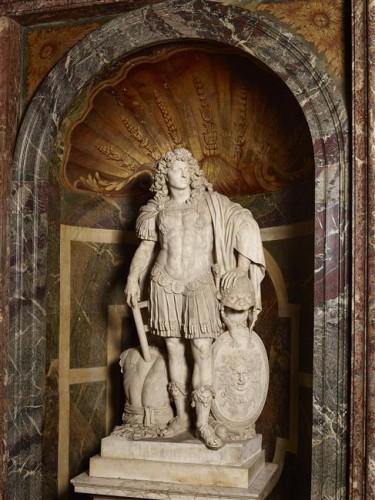 Jean Warin, Louis XIV, roi de France, XVIIe siècle, marbre, 208 x 104 x 62 cm, Versailles, musée national des châteaux de Versailles et de Trianon.