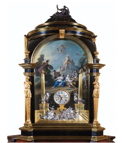 Grande horloge à sonnerie des heures et à orgue, entre 1737 et 1740, 252 x 111 x 108 cm pour le corps et 112 x 54 cm pour la coupole.